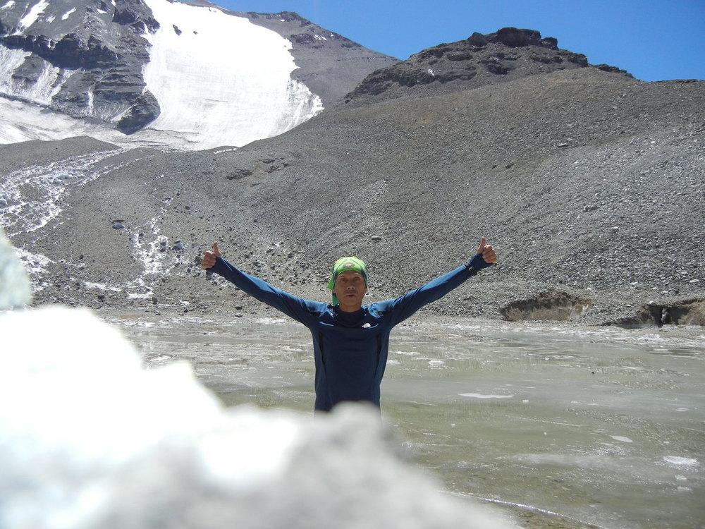 Jaime Hume en La Hoya del Plomo 4.200 msnm.JPG