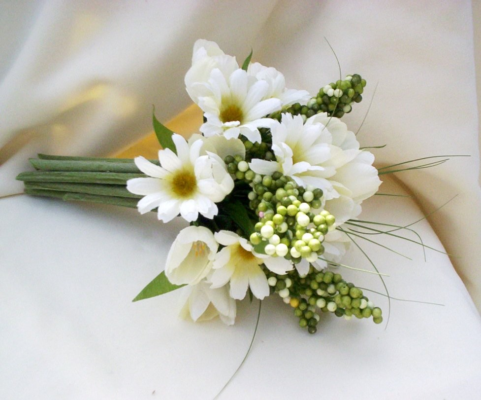 Floral wedding arrangements images