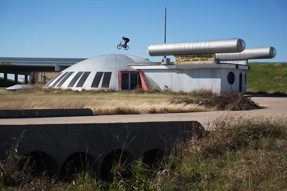 Kenny-Horton-BMX-Texas-Devin-Feil.jpg