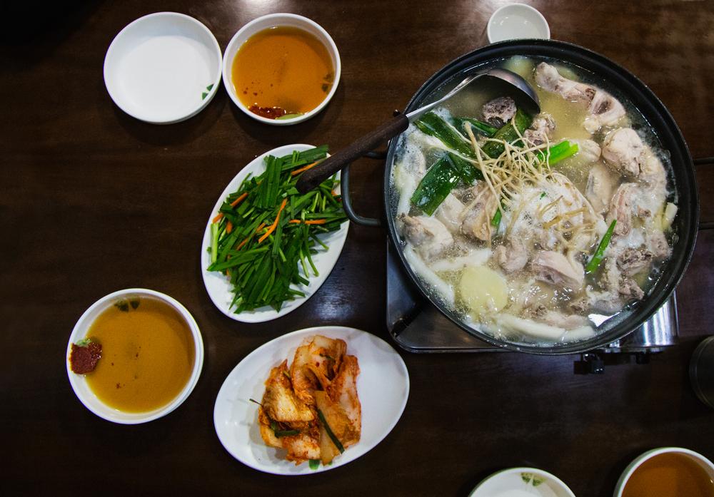 Greysuitcase Seoul Restaurant Series: Sinchon Samgyetang (신촌영양센터), Sinchon (신촌), Seoul, South Korea.