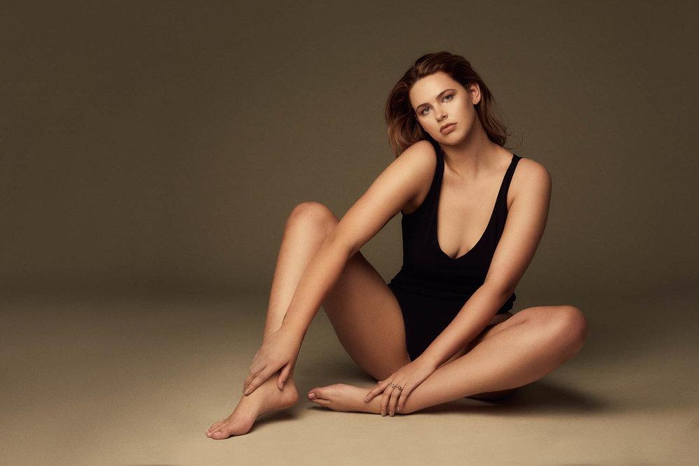 Modeling portfolio photographer for plus models
