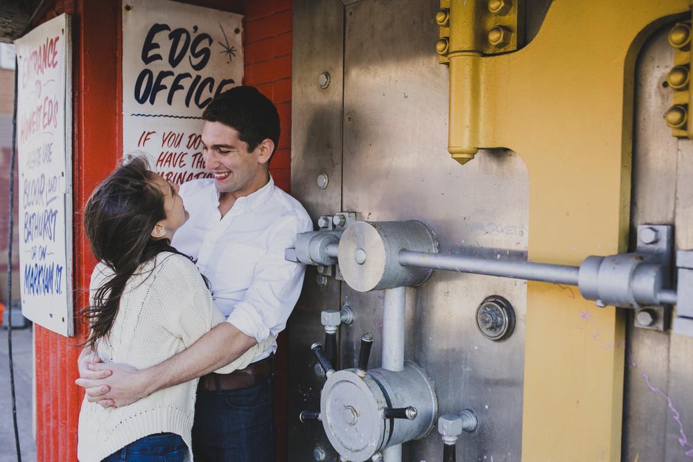 annex engagement session, annex engagement photo, toronto wedding photographer