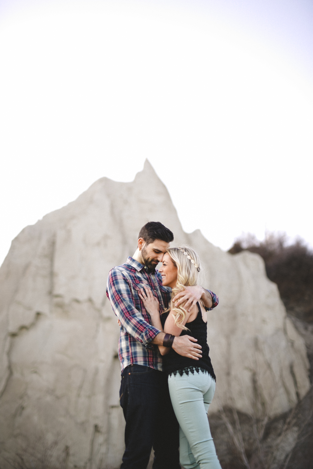 bluffers park engagement photos, bluffers park engagement, scarborough bluffs engagement, toronto wedding photographer