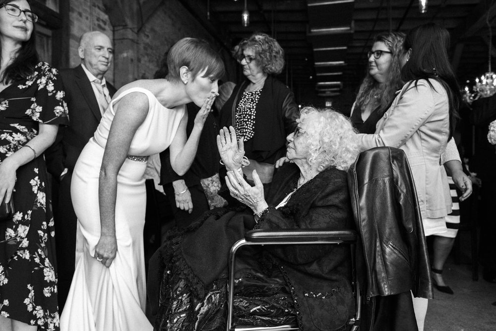 bride says goodbye to 100 year old grandma