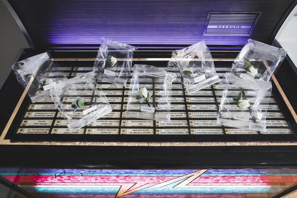 lapel flowers on jukebox