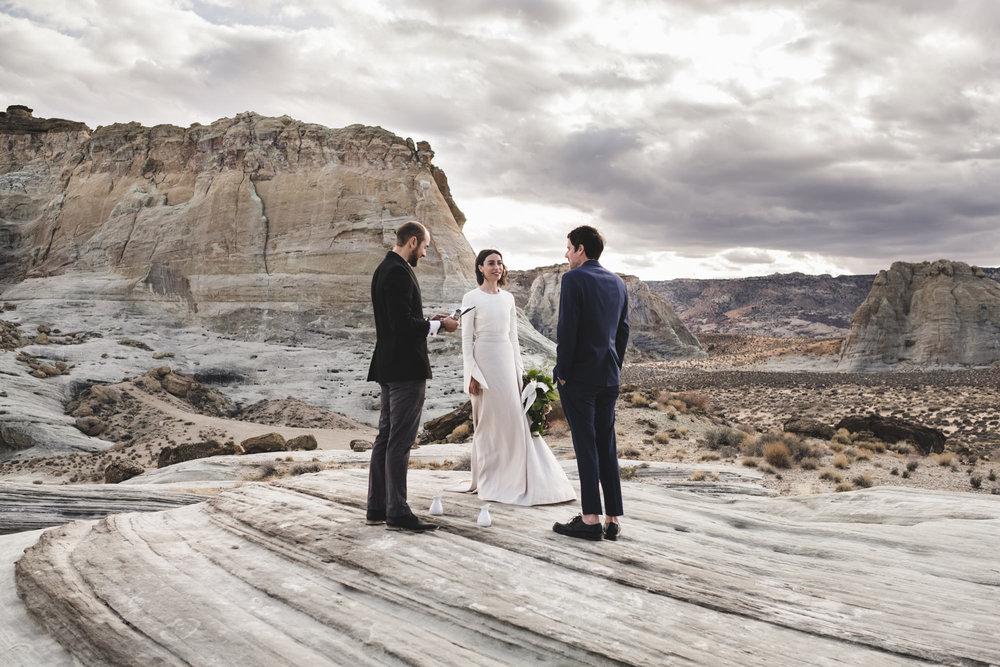elegant-amangiri-elopement-utah-danaandjustin-1-65.jpg