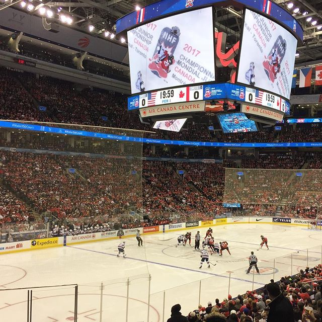Let my identity crisis begin!  USA vs CANADA  #Worldjuniors #wjc2017