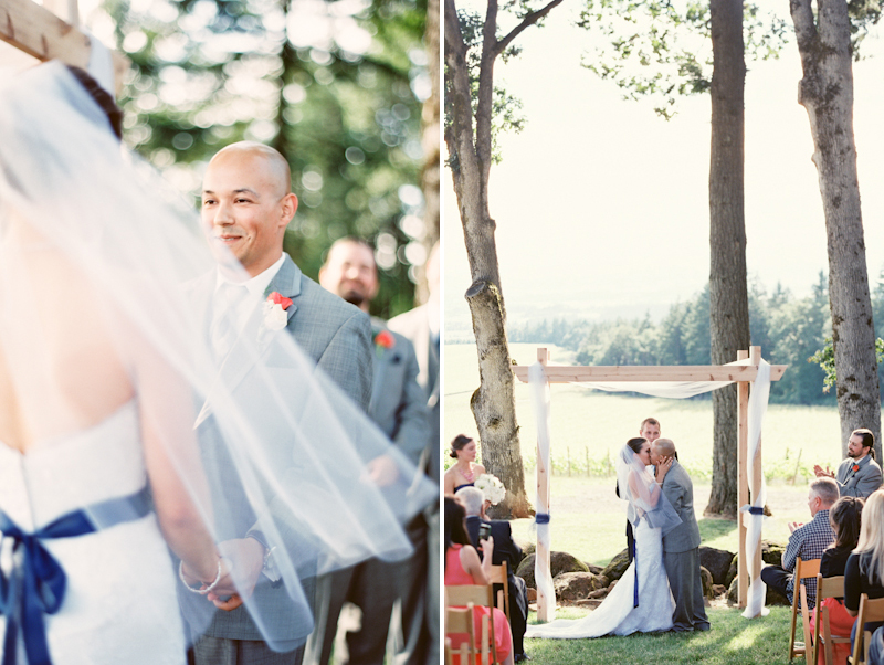 vista-hills-oregon-wedding.jpg
