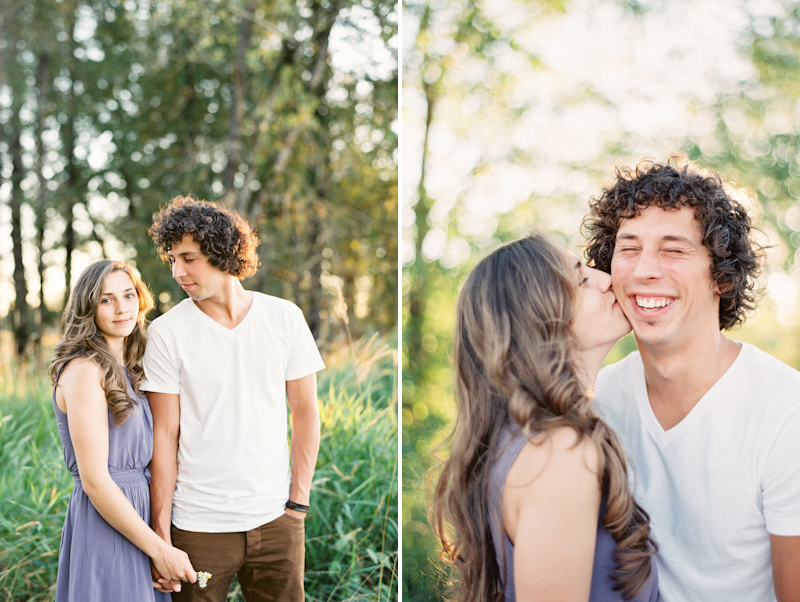 linnea-paulina-oregon-film-wedding-photographer-engagement-session-natural-sunset.jpg