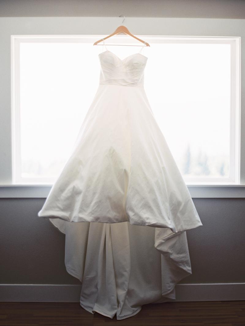 Linnea-Paulina-Film-Wedding-Photographer-Mt-Hood-Gorge-Crest-001-2.jpg