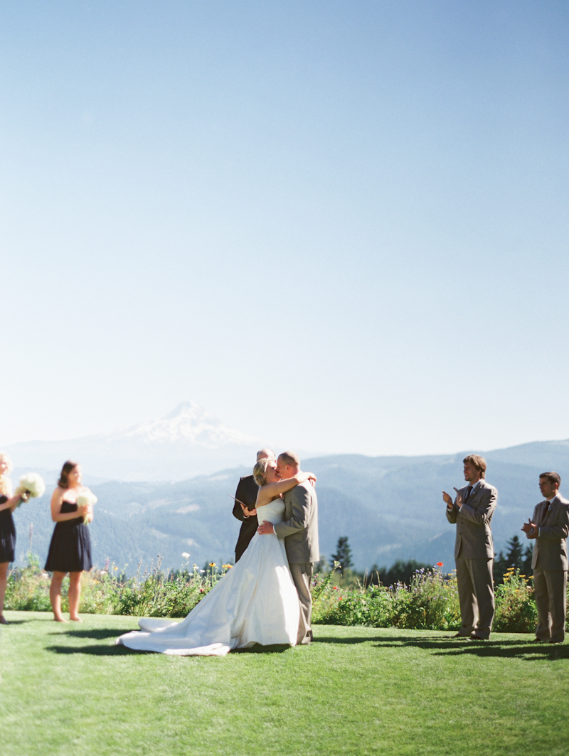 Linnea-Paulina-Film-Wedding-Photographer-Mt-Hood-Gorge-Crest-001-19.jpg
