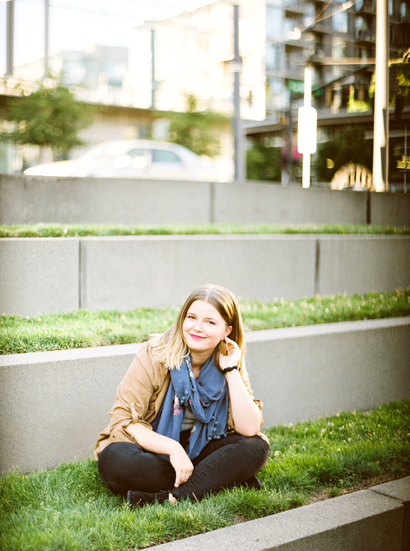 portland-senior-photo-the-pearl.jpg