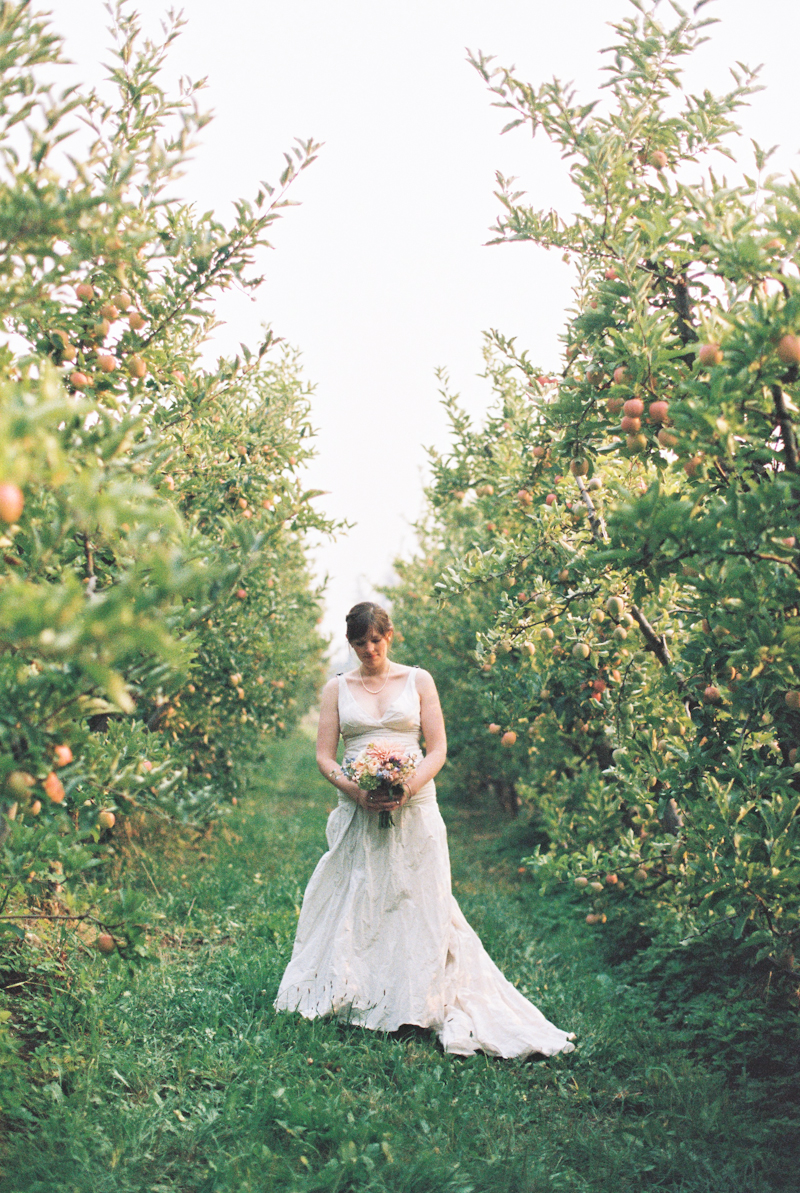 mt-hood-organic-farm-wedding-film-044.jpg