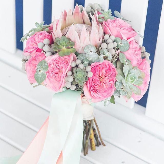 Loving this blush and succulent bouquet!