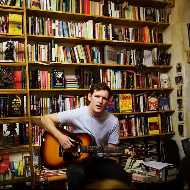 I was in Shakespeare and Company today to buy some books and talk about a potential long term collaboration! Hopefully more news soon! ... Photo: @hugovandoorn 2015 ... #tallwilliam #shakespeareandcompanyvienna #singersongwriter #bookshop #collaboration #acoustic #music #bookworm #igersvienna #igersaustria #wien #expatlife #gig #photography #titsout