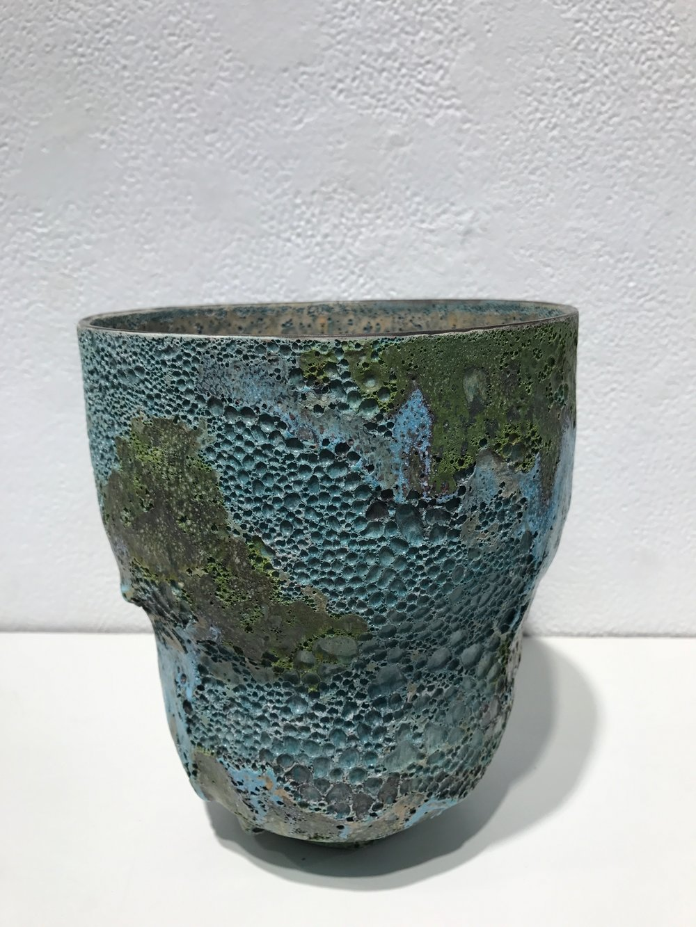 25 -  Double Lobed Bowl , 2016   Ceramic, crater glaze - Signed and dated H. 19,7 x D. 16,5 cm H. 7.75 x D. 6.5 in. Unique  JK#1281-2