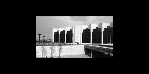 BDA-prisen Niedersachsen 1976 Rådhuset i Mainz tildeles BDA-prisen (Bund Deutcher Architekten) i Niedersachsen.