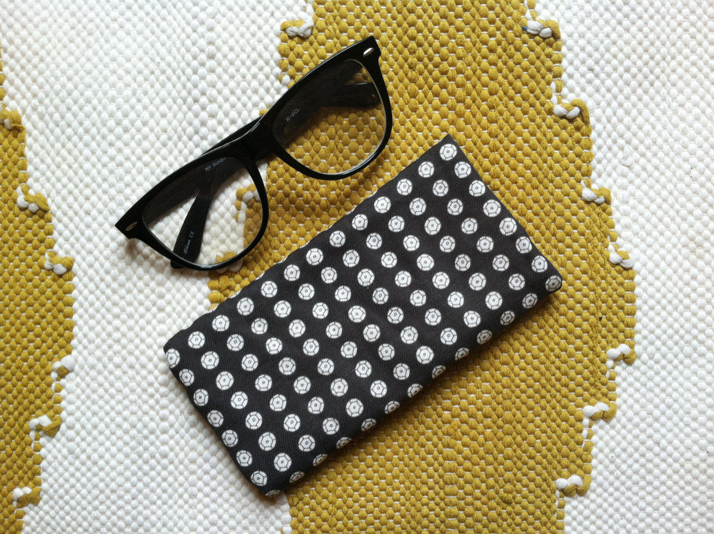 Sequin Print Specs Case