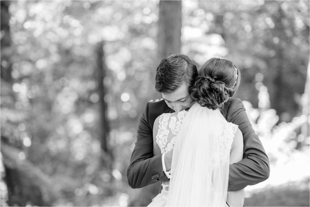 the-first-look-raleigh-north-carolina-wedding-photographer-jaclyn-auletta-photography_0001.jpg