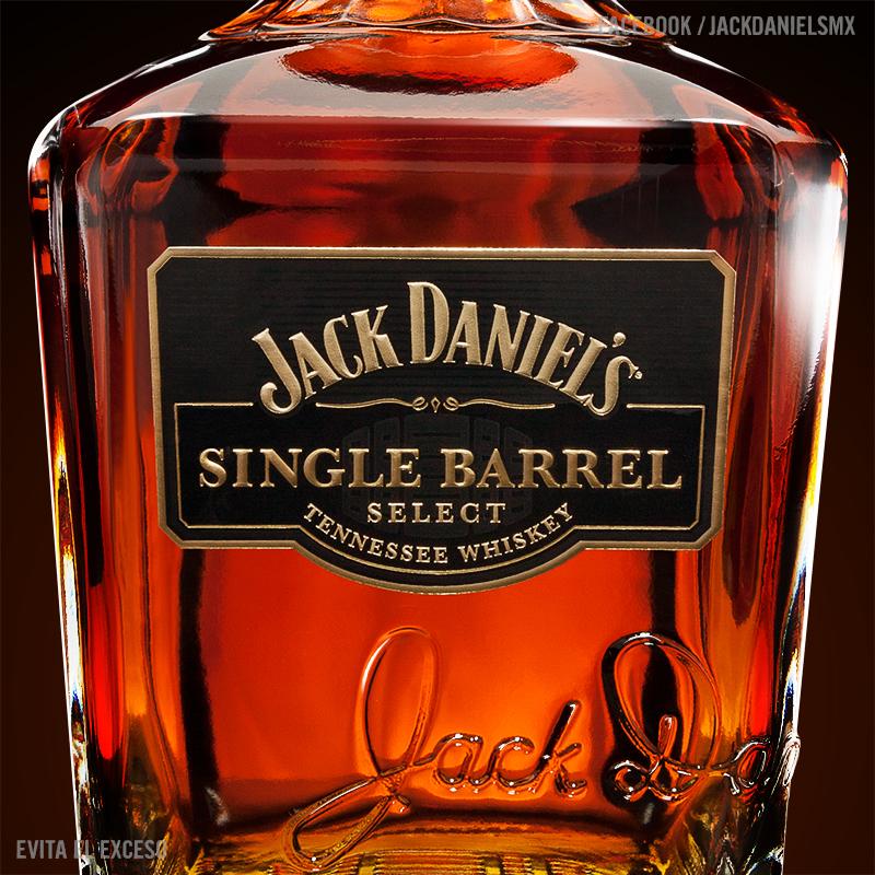 Alejandro-Torres-Desgner-Jack Daniels Product Shot 1.jpg