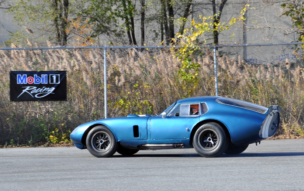 1 64 Shelby Cobra Daytona Coupe (1).jpg