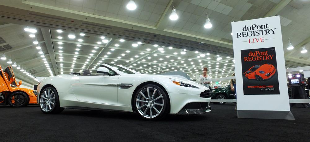 1 Aston Martin Vanquish.jpg