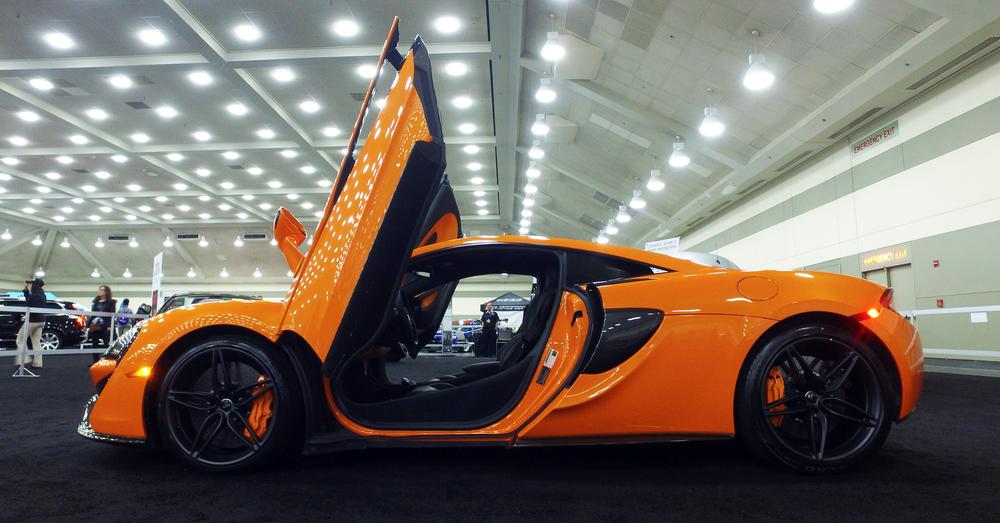 1 McLaren 570S (2).jpg