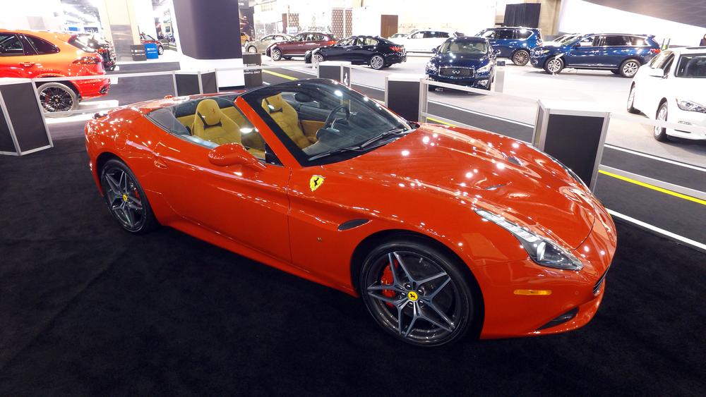 1 Ferrari California T.jpg