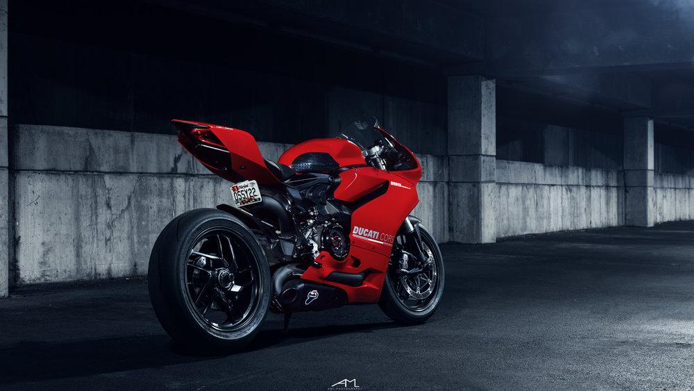Ducati 1199 3.jpg
