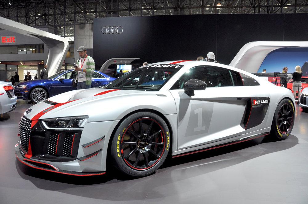 1 Audi R8 LMS.jpg