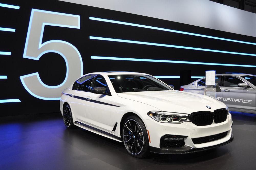 1 BMW 540.jpg