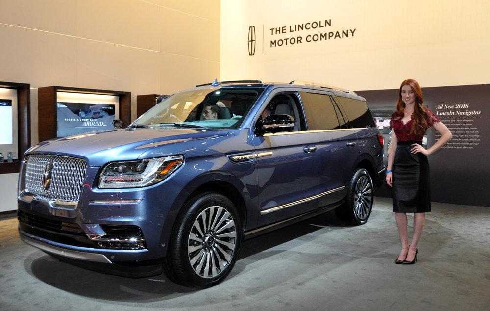 1 Lincoln Navigator.jpg