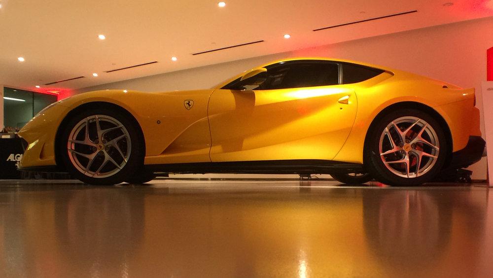 Ferrari 812 Superfast (1).jpg