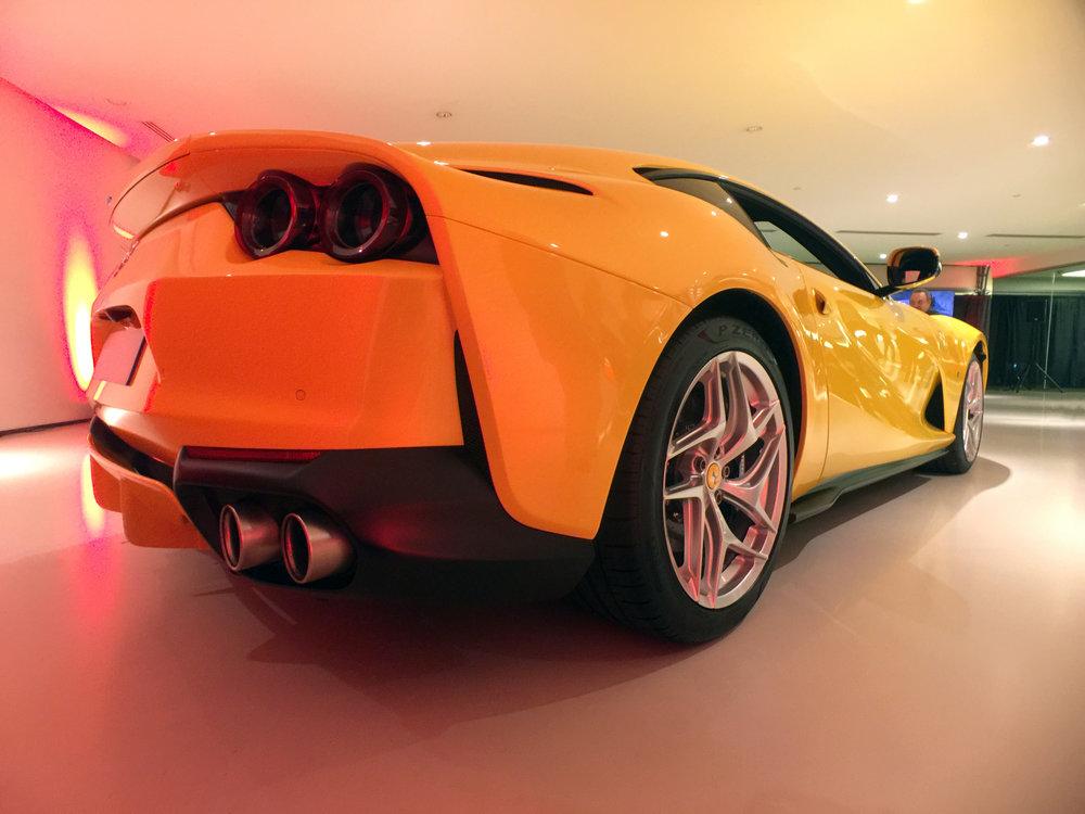 Ferrari 812 Superfast (10).jpg