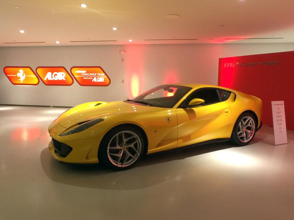 Ferrari 812 Superfast (12).jpg