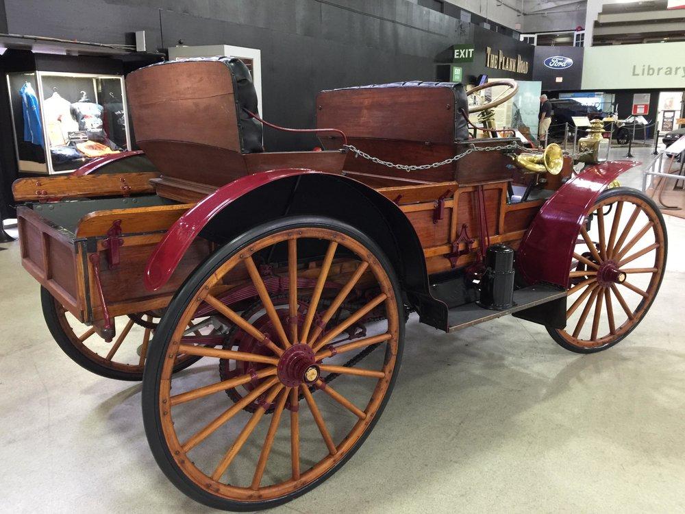 9355 1908 International Harvester Model A Auto Wagon - Auto Buggy.jpg