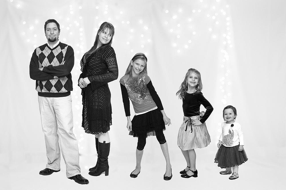 familyphoto2011.jpg