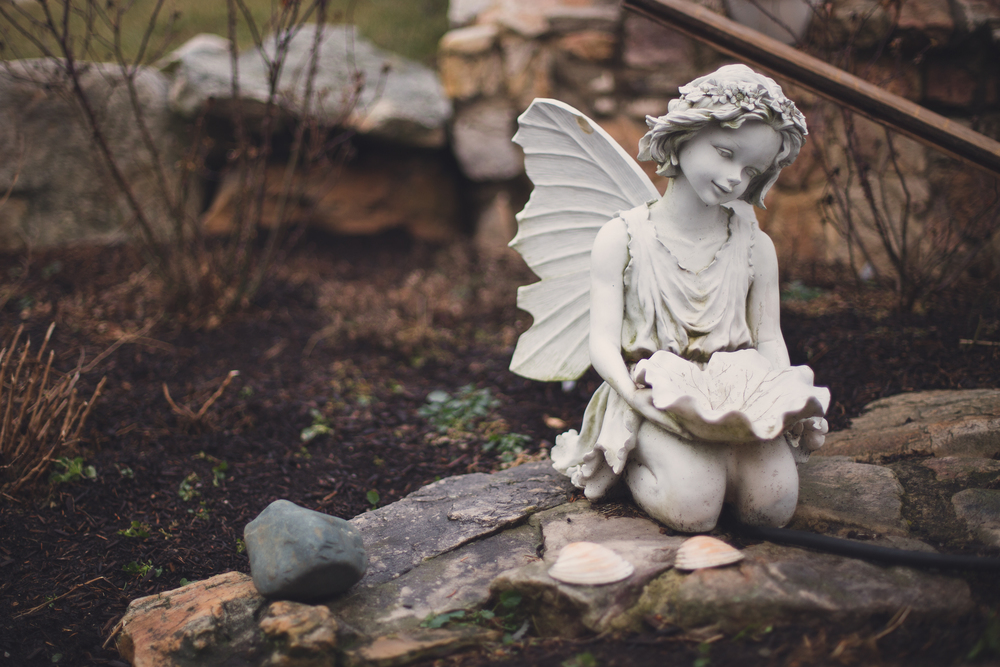 34 // 366 This angel at my grandma's is always a great subject on a gloomy day