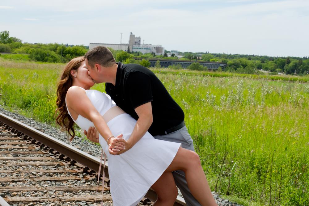 Saskatoon-Wedding-Photographer-4.jpg