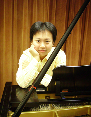 Chiayu Hsu, winner of the 2017 Left Coast Composition Contest.