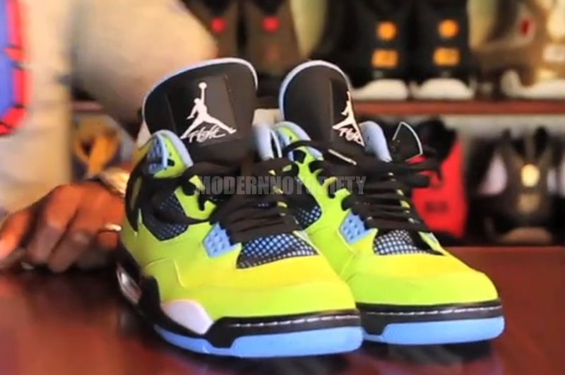air-jordan-4-volt-blue1.jpg