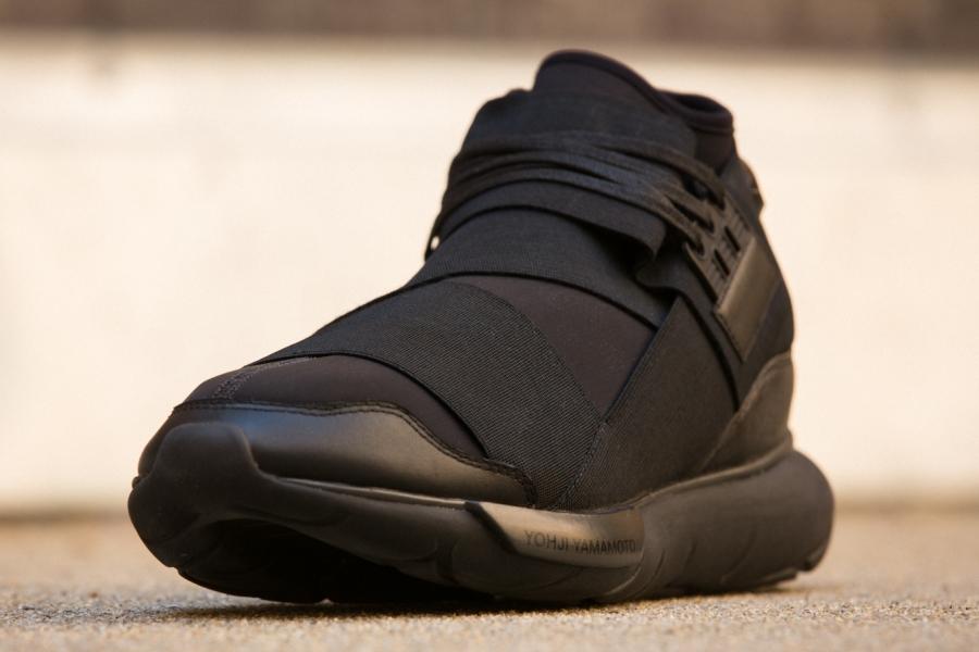adidas-qasa-hi-black-03.jpg