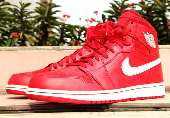 air-jordan-1-og-gym-red-release-date.jpg