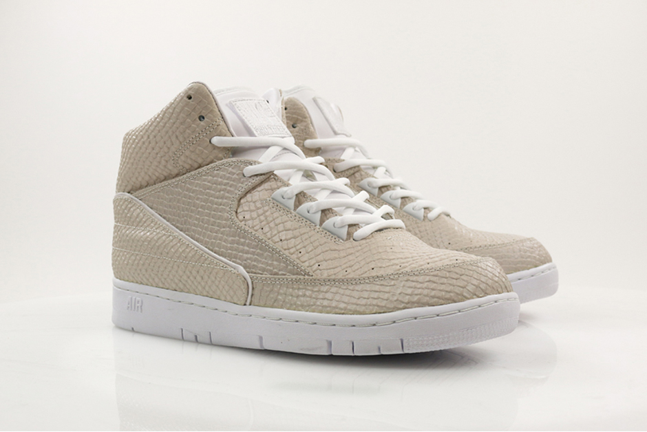 nike-air-python-sp-white-3.jpg
