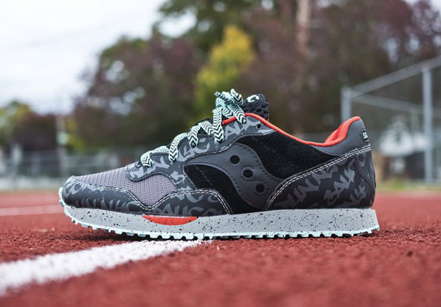 saucony-dxn-trainer-nyc-available-1.jpg