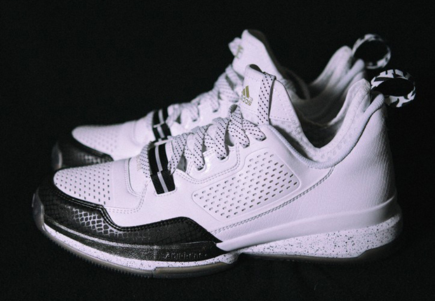 adidas-d-lillard-1-new-york-1.jpg