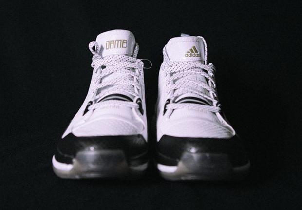 adidas-d-lillard-1-new-york-3.jpg