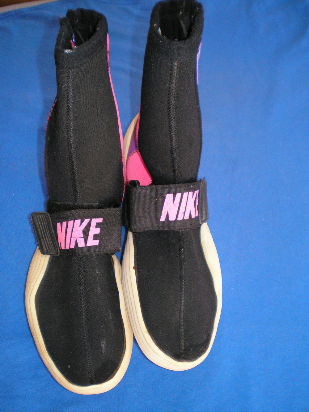 Vintage-Nike-Water-Shoes-Inspired-Kanye-West-Adidas-Yeezy-Boost-1.jpg