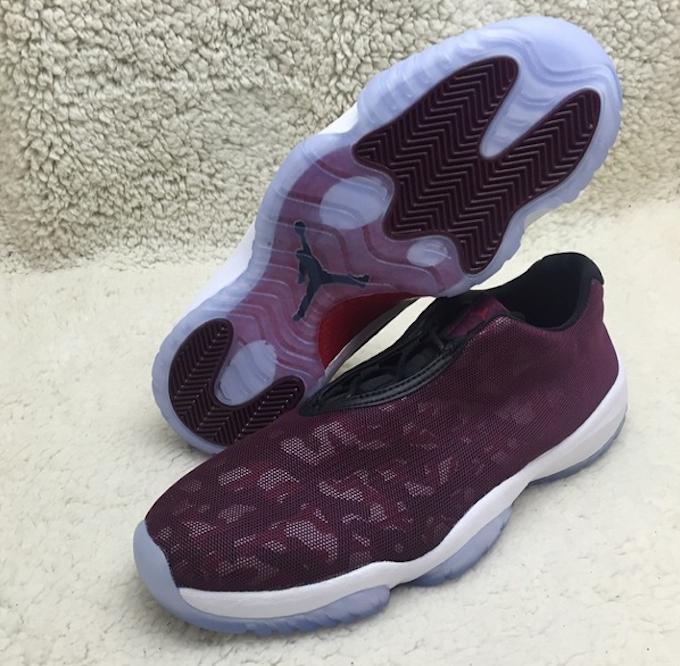 air-jordan-future-low-burgundy-camo-03.png