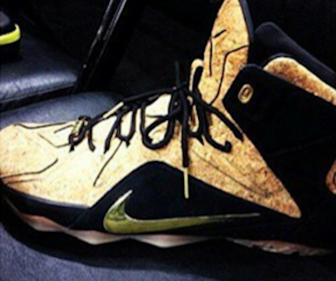 nike-lebron-12-ext-cork1.png